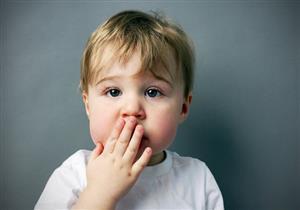 طفلك يعاني من كثرة التجشؤ؟.. قد يكون مصابًا بهذه الأمراض
