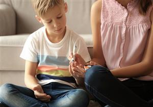 السكري الكاذب.. لماذا يصاب به بعض الأطفال؟ (فيديوجرافيك)