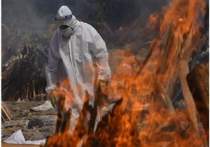 مع ارتفاع الوفيات.. العاصمة الهندية تطالب بإيجاد المزيد من المواقع لحرق جثث ضحايا كوفيد 19
