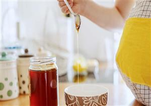 عسل المانوكا والحمل.. إليك الاستخدامات والآثار الجانبية المحتملة