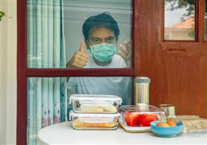 ماذا يأكل المتعافون من فيروس كورونا؟.. خبير تغذية يوضح المسموح والممنوع