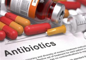 ما أضرار تناول المضادات الحيوية لعلاج التهاب الحلق دون إشراف الطبيب؟