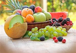 هل تسبب الفواكه الصيفية الإصابة بالتسمم؟.. خبير تغذية يحسم الجدل (فيديو)