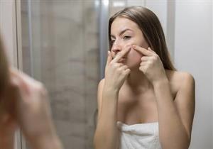تعاني من وجود بقع بيضاء على الجلد؟.. إليك أسبابها