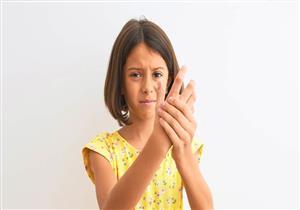 7 أنواع من التهاب مفاصل الأطفال مجهول السبب.. إليك العلاج