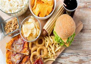 دراسة تحذر: الانظمة الغذائية الغنية بالدهون تهدد بسرطان القولون والأمعاء