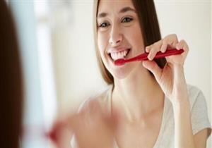 أسنانك ضعيفة؟.. نصائح لتقوية طبقة المينا
