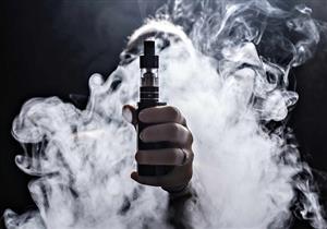 السجائر الإلكترونية.. هل تزيد من خطر الإصابة بفيروس كورونا؟