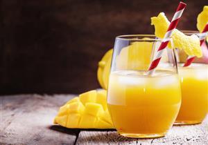 فوائد عصير المانجو.. ماذا يحدث للجسم عند الإفراط فيه؟