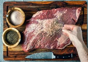 للتخلص من زفارتها.. 4 توابل استخدميها في طهي اللحوم