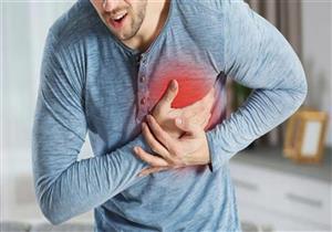 منها الحموضة والانتفاخ.. أعراض غير شائعة تكشف الإصابة بنوبة قلبية