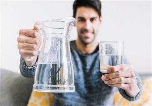 فوائد ماء الأكسجين.. إليك أشهر استخداماته أغربها تعقيم الخضراوات