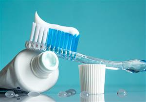 فوائد الفلورايد للأسنان.. ماذا يحدث عند استخدام منتجاته بشكل مفرط؟