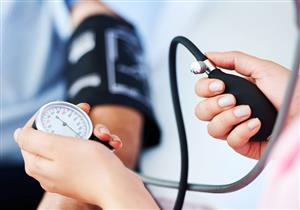 القاتل الصامت.. 6 مضاعفات صحية خطيرة لا تتوقعها لارتفاع ضغط الدم