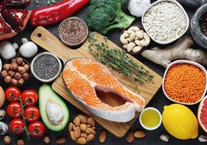 أطعمة ومشروبات صحية تصبح ضارة عند الإفراط فيها