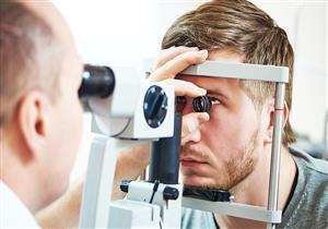 10 حالات تستدعي زيارة طبيب العيون