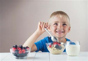 استعدادًا للدراسة.. 5 أطعمة قدميها لطفلِك لتقوية ذاكرته