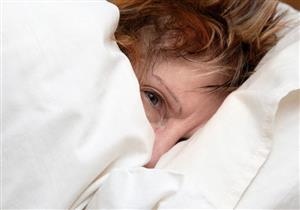 تدميع العين أثناء النوم.. طبيب يوضح أسبابه وطرق علاجه