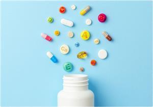 فيروس كورونا.. خبير تغذية يحدد الفيتامينات والمعادن الضرورية للمرضى