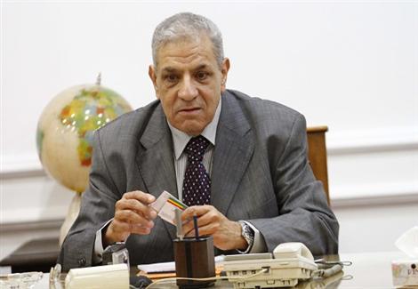 وزير الإسكان : لن أتولى رئاسة الحكومة.. وأُكنّ كل الاحترام للببلاوي