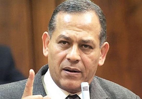 السادات يطالب السيسى بعرض قرار مجلس الدفاع الوطني على النواب