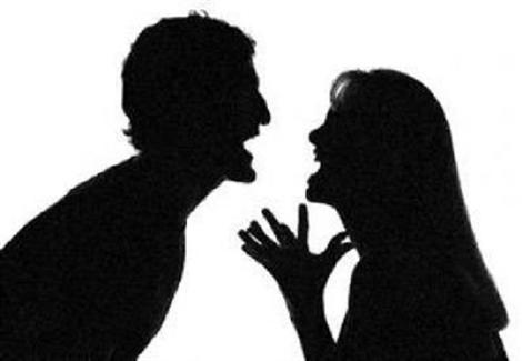 زوجتي عصبية فماذا أفعل؟.. رد ونصيحة من أحمد ممدوح