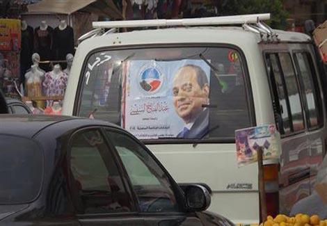 سيارات الأجرة.. الوسيلة الأنجع لحشد الناخبين بالصف وأطفيح