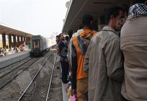 السكك الحديدية: عودة حركة القطارات على خط القاهرة الإسكندرية خلال ساعات