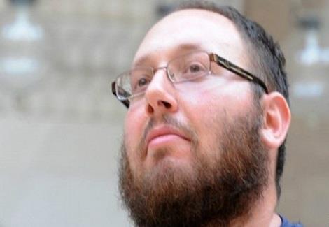 أسرة الصحفي المذبوح سوتلوف: مات ابننا ليمنح صوتا لمن لا صوت له