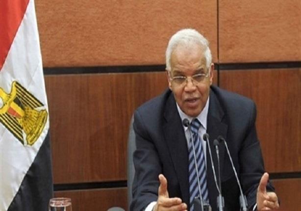 محافظ القاهرة للمواطنين: انتظروا مشروع مروري جديد