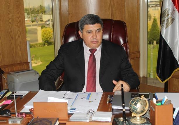 رئيس المصرية للمطارات يتابع استعداد مطار مطروح لاستئناف الحركة الجوية