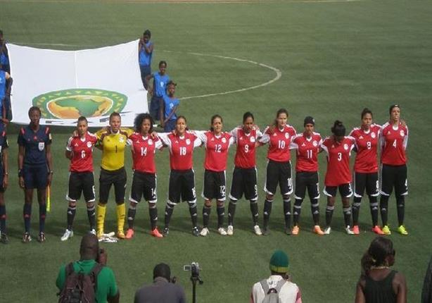 وزارة الرياضة تتابع مع اتحاد الكرة ملف الكرة النسائية