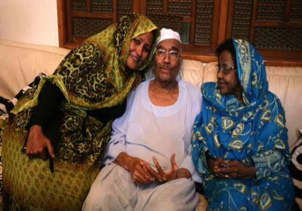 إطلاق سراح معارضين سودانيين بارزين قبل أيام من الانتخابات