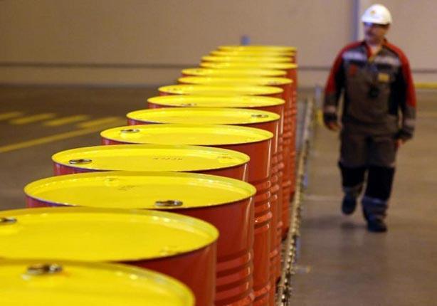 9.7 دولارًا للبرميل.. عقود النفط الأمريكي تسجل خسائر جديدة