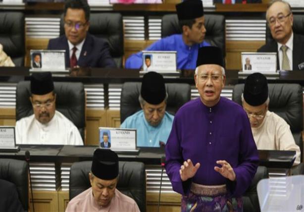 """""""هبة ملكية سعودية"""" بقيمة 681 مليون دولار لنجيب رزاق رئيس الحكومة الماليزية"""