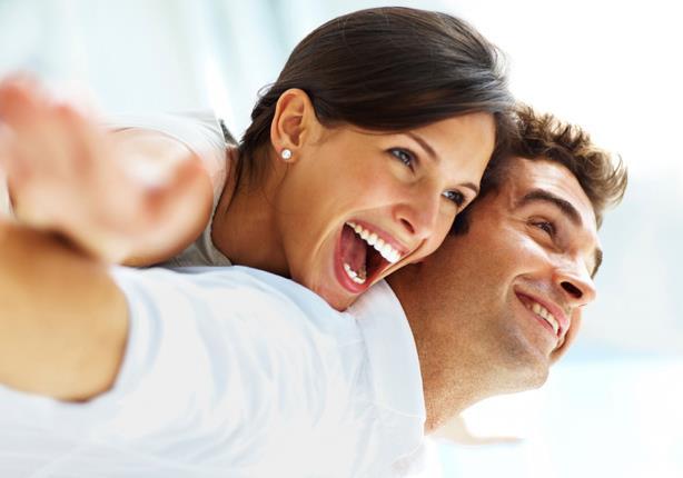 8 أسباب تجعل الرجل المرح مفضلاً لدى النساء | مصراوى