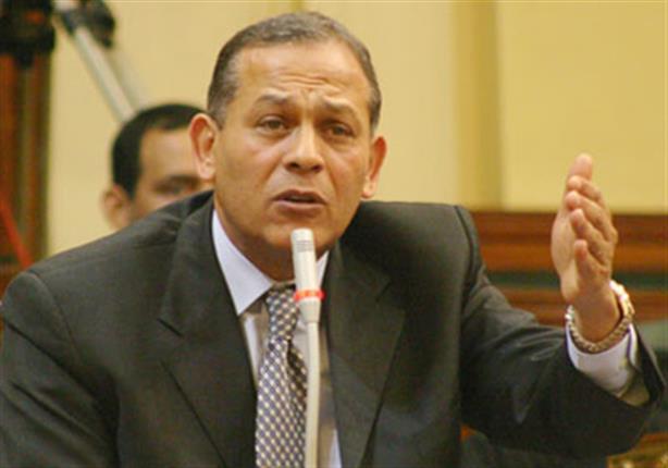 السادات يطالب البرلمان بتوضيح أسباب تأخر الشوبكي في حلف اليمين الدستورية