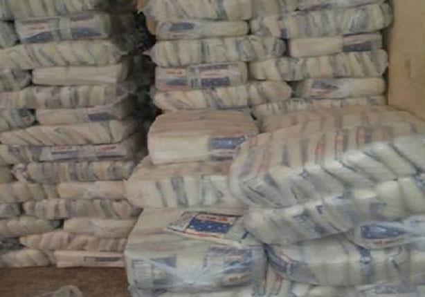 مباحث التموين تكشف حيلة صاحب مصنع لتعبئة السكر المدعم في القاهرة