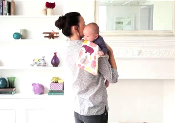 تحذير للأمهات من إرغام الرضع على التجشؤ بعد الرضاعة