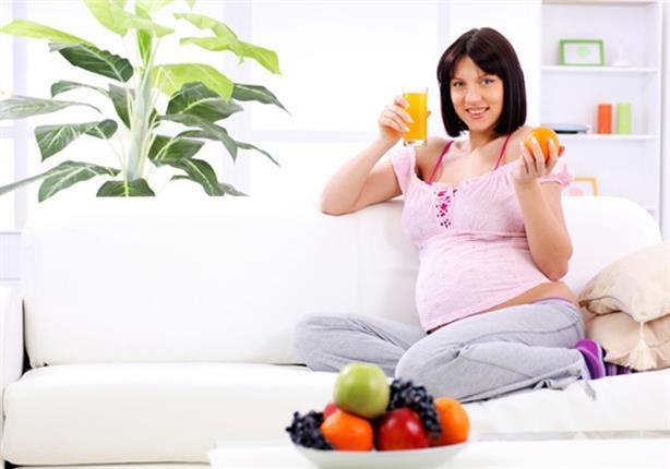 8 أطعمة لتسهيل عملية الولادة