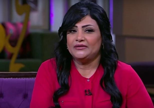 أمن الشرقية يستعيد سيارة الفنانة بدرية طلبة بعد سرقتها