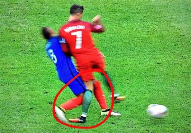 تقارير: رونالدو يعاني من التواء في الركبة قد يحرمه من السوبر