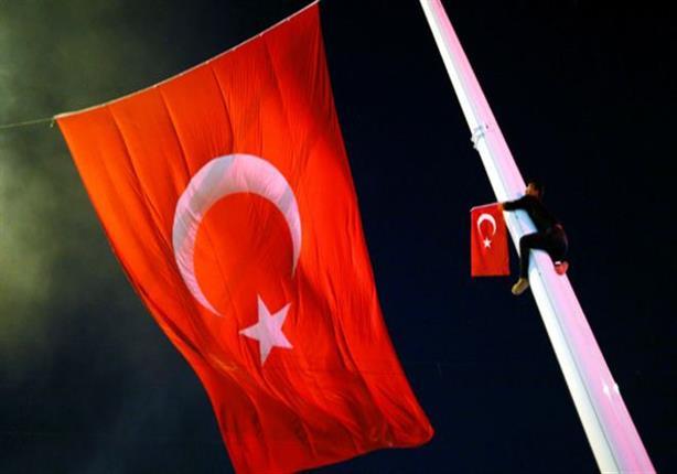 أمريكا والاتحاد الاوروبي يحثان تركيا على احترام حكم القانون في ردها على الانقلاب