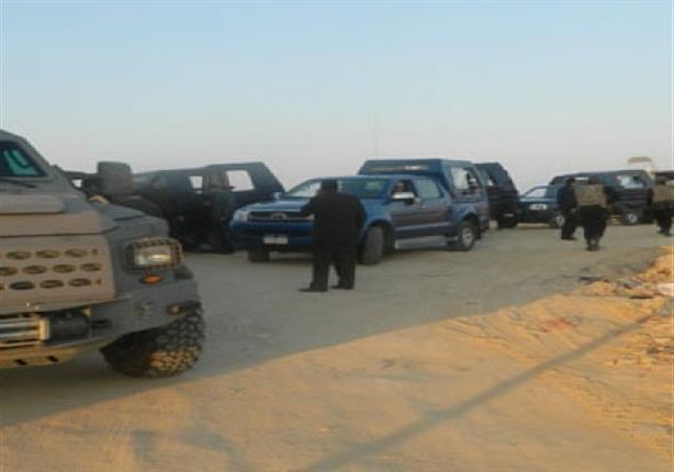 إحباط هجوم إرهابي بسيارة مفخخة على كمين بشمال سيناء.. ومقتل انتحاري