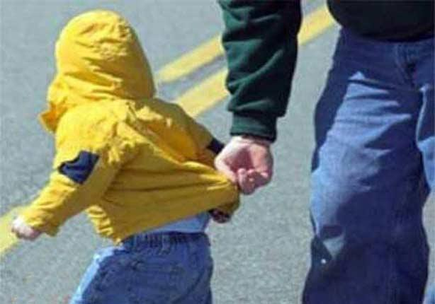 """ظاهرة """"خطف الأطفال"""".. بين تخلي الشرطة عن مسؤوليتها و أرقام غير معلنة – (تقرير)"""