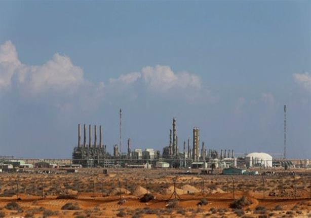 قوات حفتر تعلن السيطرة على مينائي راس لانوف والسدرة