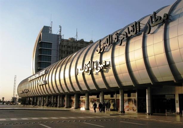 المشير خليفة حفتر يصل إلى القاهرة