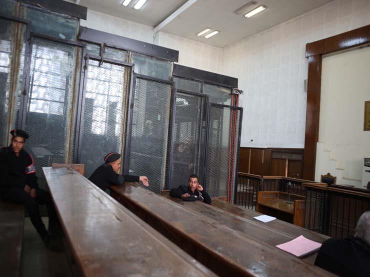تأجيل محاكمة 8 ضابط و3 أمناء شرطة متهمين بقتل متظاهري حدائق القبة