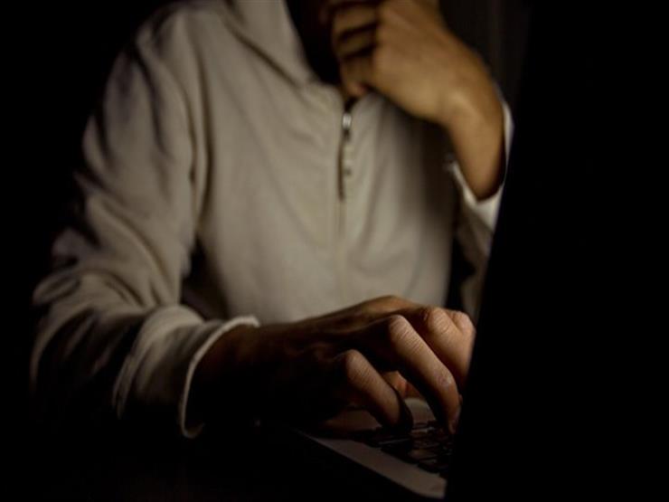 علماء يكشفون عن أضرار مشاهدة الأفلام الإباحية على العقل | مصراوى