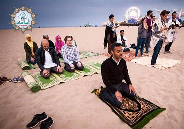 ما حكم إمامة المسافر للمقيم في صلاة الجمعة مصراوى
